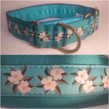 "Martingale Collar 40mm - White Hibiscus with Turquoise - Turquoise lining - 16"" Max (#0010009)"
